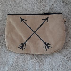 Thirty one zipper pouch arrows